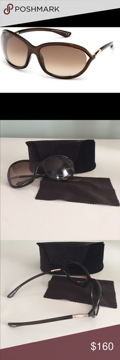 9888aefdfc446 Tom Ford Jennifer Sunglasses With cool open temples and a curved  silhouette