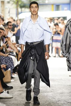 Y/Project Spring 2018 Menswear Fashion Show Collection