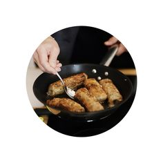 Smažené nem rán recept | Marcela Vuong | Rohlík Chef Kitchen, Cooking, Kitchens, Cuisine, Cucina