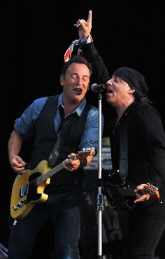 Steven Van Zandt: 'Bruce Springsteen Is a Living Example of What Happens When You Never Do Drugs'The E Street Band guitarist on breaking the four-hour barrier and the possibility of a new Springsteen LP