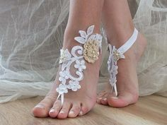 white Beach wedding barefoot sandals,bridal anklet