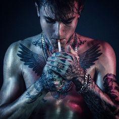 Smoking Male - Male Body Art!