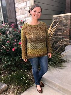 Are you wanting to learn Tunisian Simple Crochet? Tunisian crochet is an old favorite and this Tunisian Simple Crochet tutorial is for you! Blog Crochet, Easy Crochet, Crochet Baby, Free Crochet, Knit Crochet, Crochet Stitch, Crochet Cardigan Pattern, Beanie Pattern, Crochet Beanie
