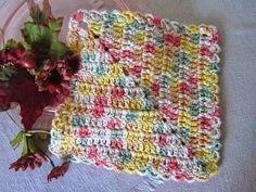 """Here is the pattern for the striped diagonal dishcloths that were shared in the post about the """"Peachy/Green"""" kitchen set. The dishclot..."""