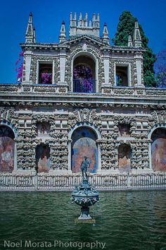 Touring the Alcazar in Seville - highlights of the interiors and gardens of this mudejar/Islamic style palace in Spain Spain And Portugal, Portugal Travel, Spain Travel, Monaco, New Travel, Travel Wall, Places Around The World, Around The Worlds, Travel Around Europe