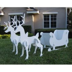 Reindeer and Santa Sleigh