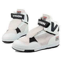 Vintage Vision Street Wear Shoes - had these freshman year HS 1989 Old School Skateboards, Vintage Skateboards, Vision Skateboards, Skate Shoes, Men's Shoes, Shoes Sport, Sport Fashion, Mens Fashion, Vision Street Wear