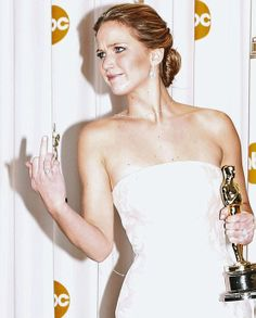 of all the pictures of JLAW in Vogue and Cosmo, this is the most beautiful :P