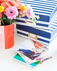 Loving these photo books that Rachel of @pencilshavings made! So colorful and full of life just like her blog. You got to check it out #freeyourphotos