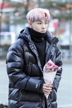 Flower boy Zelo B.A.P