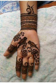 From weddings to engagements, from festivals to parties, here are 101 latest mehendi designs for 2019 for all occasions. Discover some chic new mehndi trends! Peacock Mehndi Designs, Mehndi Designs Book, Stylish Mehndi Designs, Latest Bridal Mehndi Designs, Full Hand Mehndi Designs, Mehndi Designs For Girls, Mehndi Design Photos, Wedding Mehndi Designs, Dulhan Mehndi Designs