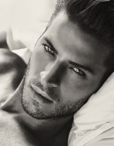 This is christian grey? Maybe I need to change my mind and read the dang book!