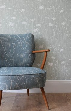 Hannah Nunn: Daisy Meadow wallpaper in sage green upholstered with a Paper Meadow fabric chair in teal. Teal Wallpaper Living Room, Wall Painting Living Room, Hallway Wallpaper, Accent Walls In Living Room, Living Room Green, Dining Room Walls, Living Room Decor, Latest Wallpaper Designs, Sage Green Walls