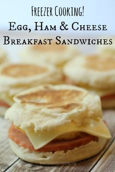 """This breakfast egg sandwich has ham and cheesy goodness! Make them in a batch of 12 and stick them in the freezer for a great """"Grab"""