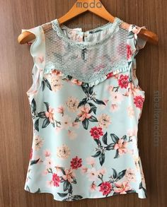 Floral Fashion, Love Fashion, Fashion Outfits, Scarf Dress, Blouse And Skirt, Short Tops, Trendy Tops, Dress Patterns, Blouse Designs