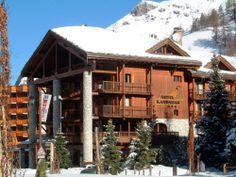 Experience the French Alps near Tignes and book a stay at Hotel Kandahar - highly rated by our guests!