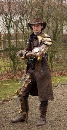 Steampunk male tech
