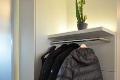 Garderoben, Möbel für Flure und Eingangsbereiche nach Maß Corridor, Entrance, Furniture, Decor, Hallways, House Design, Door Entry, Homes, Entryway