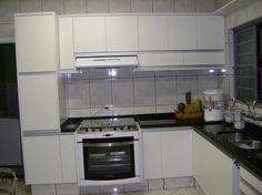 Resultado de imagem para cozinhas de marcenaria