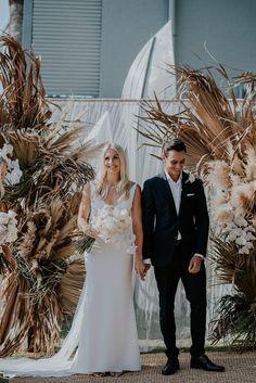 Wedding Designs, Wedding Styles, Palm Beach Wedding, Bridal Gowns, Wedding Dresses, Floral Style, Real Weddings, Our Wedding, Wedding Planning