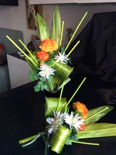 Composizione fiori artificiali e foglie stabilizzate