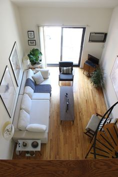 Oliver & Sherrie's Mini Bronx Loft , love the couch and chairs.
