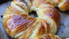 YouTube Pogaca Recipe, Pizza Pastry, Pasta Recipes, Cooking Recipes, Brioche Bread, French Dishes, Turkish Recipes, Bread Rolls, Sweet Bread