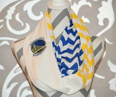 Warriors Scarf Reversible Infinity Scarf Ladies NBA Accessories Clothing Soft Jersey Knit Chevron with Embroidered NBA Logo