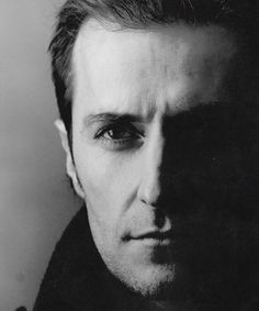 Richard Armitage - this man I would love to paint.