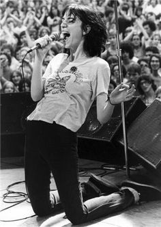 Explore releases from Patti Smith at Discogs. Shop for Vinyl, CDs and more from Patti Smith at the Discogs Marketplace. Patti Smith Quotes, Rock N Roll, Alternative Rock, Estilo Rock, Women In Music, Idole, Music Icon, Post Punk, Rockers