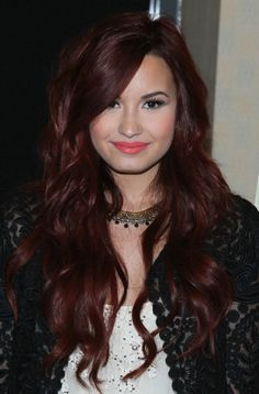 Demi Lavato hairstyle | Demi Lovato Long Wavy Red Hairstyle | Hairstyles Weekly