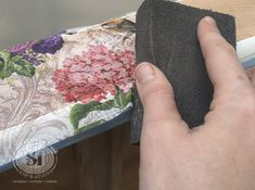 How To Decoupage with Napkins Decoupage with tissue paper Decoupage Drawers, Decoupage Wood, Napkin Decoupage, Decoupage Tutorial, Decoupage Furniture, Decoupage Ideas, Paper Furniture, Dresser Furniture, Painting Furniture