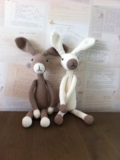 Crochet bunnies @Terri Osborne McElwee Milbourn Kyle could totally do these! And he can have these colors!