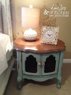 These are my master bedroom end tables! Well, the exact style: French Provincial. I've been trying to decide if I wanted them refinished in almond white, luxurious black, or provincial blue. This blue is quite an interesting color. Redo End Tables, Bedroom End Tables, Paint Furniture, Refinished Furniture, Trash To Treasure, Chicken Wire, Annie Sloan Chalk Paint, Square Tables, Milk Paint