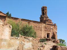 Belchite Viejo. Zaragoza. Iglesia del Convento de San Agustin. Siglos XVI-XVIII. Sirvió de parroquia hasta el traslado de la población a Belchite Nuevo.