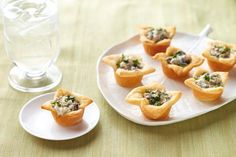 This stunning but simple hot and cheesy appetizer will make you look like a celebrity chef. One taste, and friends will think you should have your own TV show.