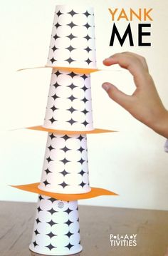 This minute to win it game with cups will entertain either one child or the whole family! Super fun! http://playtivities.com/minute-to-win-it-game-with-cups/