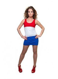 Holland Dress - WK jurkje Limited Edition  Een ware blikvanger is deze sexy dress. Moedig onze mannen aan in het rood, wit, blauw! Een ideaal kledingstuk voor het WK met een slank aansluitende pasvorm.  Een fijn aansluitend jurkje rondom in Rood-Wit-Blauw. Het jurkje geeft een extra vrouwelijk accent door de zachte stof en nauw vallende pasvorm. Voel jij je prettiger bij een stoere look, combineer het jurkje dan met een legging en stoere sneakers!