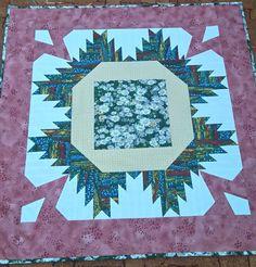 Paví ubrus evi klub Quilts, Blanket, Bed, Stream Bed, Quilt Sets, Blankets, Log Cabin Quilts, Beds, Cover