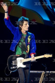 The Rolling Stones in concert at Ciudad Deportiva, Havana, Cuba - 25 Mar 2016  Ronnie Wood of the Rolling Stones 25 Mar 2016
