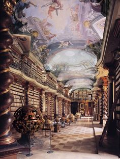 National Library of the Czech Republic, Baroque Library Hall - Clementinum