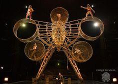 Cirque du Soleil amazing performance.