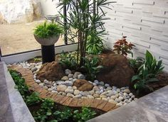 8 Simple Tricks Can Change Your Life: Succulent Garden Landscaping Design garden landscaping patio planters.Front Garden Landscaping Shrubs front garden landscaping with rocks.Garden Landscaping With Stones Outdoor. Small Front Yards, Small Front Yard Landscaping, Cheap Landscaping Ideas, Front Yard Design, Tropical Landscaping, Landscaping With Rocks, Backyard Landscaping, Backyard Ideas, Nice Backyard