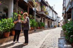 Merida, Spain, Travel, Sierra, Spain Tourism, Monuments, Viajes, Street, Flowers