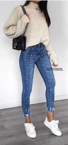 woman in white turtle-neck sweater with blue denim jeans outfit. Crop Top That Will Inspire You This Winter Cute outfits for teens fashion outfits short + tops copy asap summer outfits Spring Outfits Classy, Cozy Winter Outfits, Spring Outfits Women, Summer Outfits, Casual Winter, Dress Winter, Casual Summer, Summer Dresses, Mode Outfits