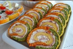 Recepti i Savjeti: Šareni slani rolat Broccoli Bites, Salty Foods, Food Decoration, Appetisers, Finger Foods, Sushi, Catering, Meal Prep, Food And Drink