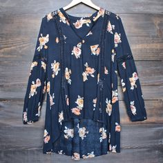 Dear stitch fix: it's hard to tell but this is a high-low and I can just imagine myself in this! I like that the floral isn't obnoxious.