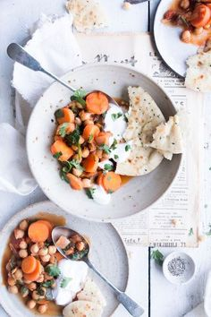 Vegan Moroccan chickpea stew  -  It'ssoeasy and quick, perfect for the current,Autumn and cold Winter weather. Learn #foodphotography and #foodstyling with The Little Plantation. Click for the Recipe!