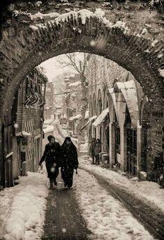 Eski İstanbul da bir sokak .Süleymaniye.