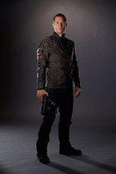 Syfy released Character Photos of Killjoys--Luke MacFarlane as D'avin Jaqoby